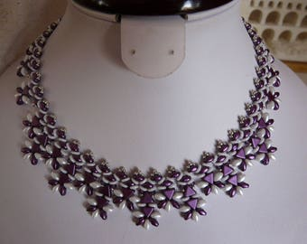 NECKLACE WOVEN with purple and white beads
