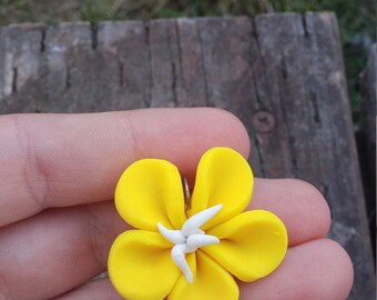 small flower keychain