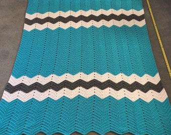 NEW handmade crochet chevron Afghan blanket