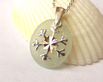 Sea Glass Pendant, Snowflake Necklace, Christmas Jewelry, Seaglass Jewellery, Sterling Silver, Snow Flake, Snowflake Charm, Her Gift PE16028