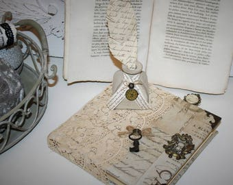 Book and its shabby chic Inkwell