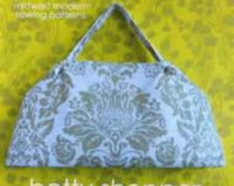 30 Percent off Retail of Amy Butler Midwest Modern Sewing Pattern Betty Shopper