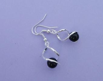 Bridal earrings wedding Twist black beads