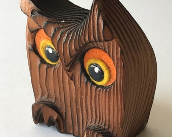 """Owl vintage wood sculpture small ribbed burnt wood hand carved 3.25"""" Green Mountain"""