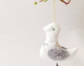 Christmas decoration / Christmas Doves / White Doves / Hanging Birds / Nursery Decoration / Birds Decoration / Christmas Tree / Set of 3