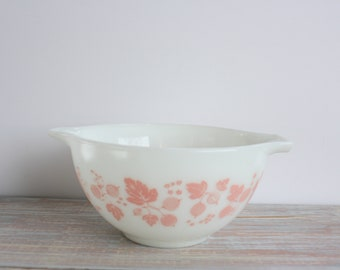 Small Gooseberry bowl- Free Shipping