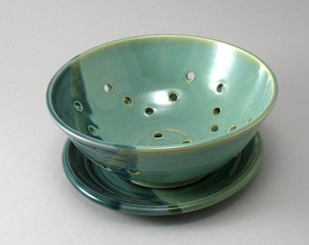 Berry Bowl-Pearl Green Glaze-Colander-Ceramic Strainer-Pottery-Teal-Peacock Gloss Glaze-Stoneware Strainer