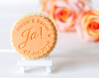 "Personalized biscuit / fondant stamp ""Yes!""-"