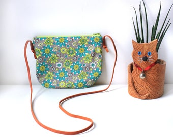 Cross body bag for kids (cotton and leather)