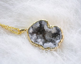 White druzy necklace | Gold White Druzy Necklace | Gemstone | Boho Jewelry | Pendant | Gemstone necklace | Holiday gift | Gift for her |