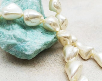 MOP Shell Baroque Beads( Pearlized )