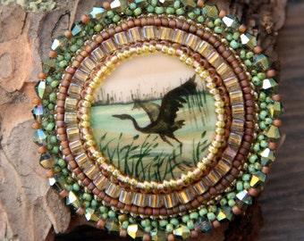 Flying bird brooch Embroidered bird brooch beaded Embroidery brooch drawn crystal brooch Bird accessories jewelry Jacket brooch  jewelry