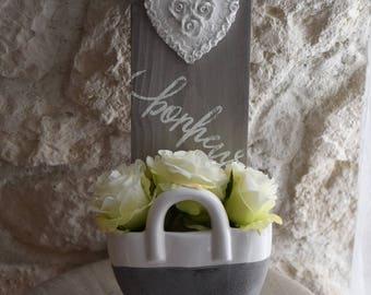 My floral wood pendant full of sweetness
