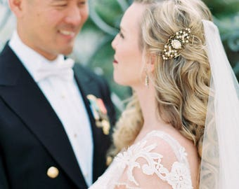Bridal hair comb, Antique gold hair comb, Wedding headpiece, Bridal hair clip, Swarovski golden shadow, Wedding hair accessory, Vintage comb