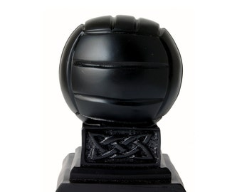 Irish Turf O'Neill Football Trophy [TR1]