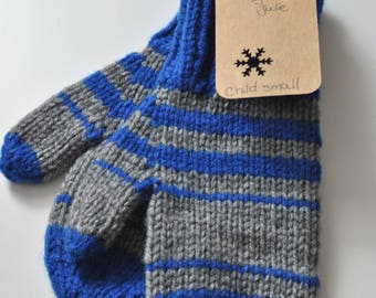 Ready made : grey and blue striped mittens (child small)