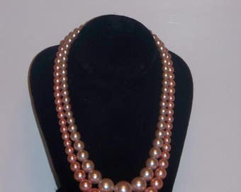 Vintage Double Strand Pearlized Bead Necklace in Cream and Pink