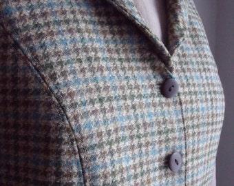 The Highlander Women's Tweed Waistcoat