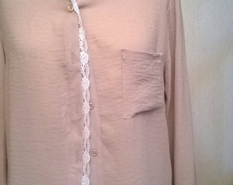 Crepe and lace blouse long sleeve beige color