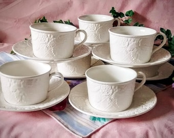 ENGLISH COUNTRYSIDE WHITE 8 Cups and Saucers by Mikasa