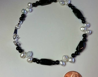 9 Inch Anklet of Freshwater Pearls and Black Glass