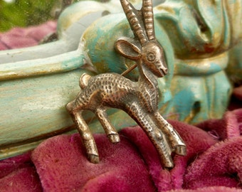 Cute Deer Brooch. 50's Sterling Silver Brooch.