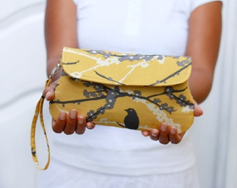 yellow and gray clutch - Sparrow in vintage yellow with detachable wrist strap