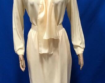 Evan Picone Silk Skirt Blouse 2 Piece Dress Suit Light Yellow Wedding Vintage Size 8