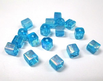 20 beads blue sky square glass 4mm electroplate