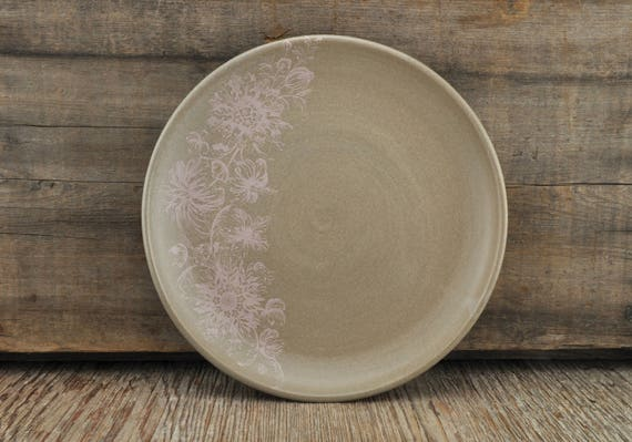 Stoneware plate with vintage pink flower illustration