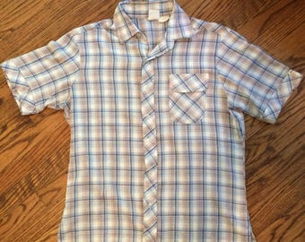 Vintage mens plaid 1970's/80's short sleeved button up. Size large (vintage)