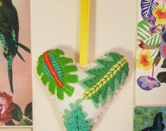 Pretty Leaves Decorative Handmade Felt Hanging Heart