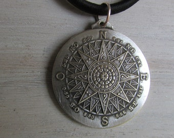 Necklace the compass Rose