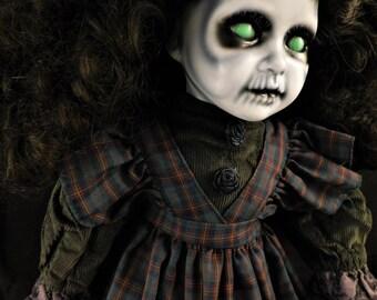 """Gráinne 20"""" OOAK Porcelain Horror doll"""