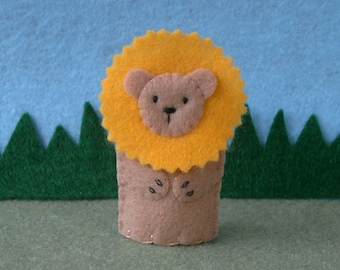 Golden Maned Lion Finger Puppet - Lion Puppet - Felt Finger Puppet Lion - Felt Animal Puppet Zoo Safari Play Toy