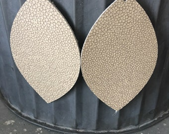 Boucles d'oreilles en cuir doré
