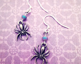 Spider Earrings,Halloween Earrings,Halloween Jewelry, Spider Jewelry, Realistic spider,Halloween Earrings for women