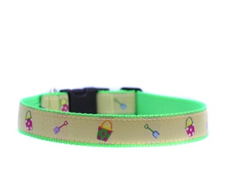 1 Inch Wide Dog Collar with Adjustable Buckle or Martingale in Beach Ready