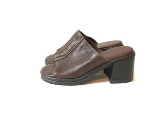 Vintage Brown Leather Chunky M.I.A. Mules