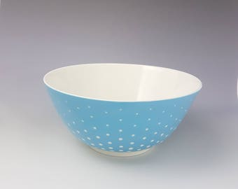 Porcelain bowl/bowl made by hand pottery. Made in France.