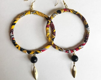 Wrapped earrings with shungite