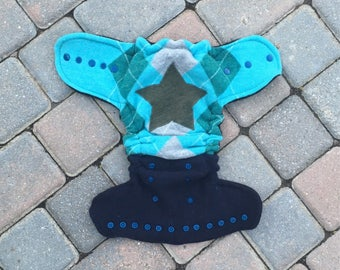 Cloth diaper cover, one size wool soaker cover, cloth nappy cover, wool wrap - teal argyle print with a star applique (One-size fits most)