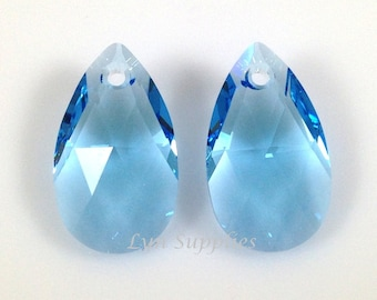 6106 AQUAMARINE 22mm Swarovski Crystal Teardrop Pendant, Light Blue March Birthstone