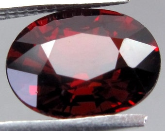 20% discount  (6x8), (7x9) mm natural RED GARNET oval top cut faceted gemstone..... HOT red color....