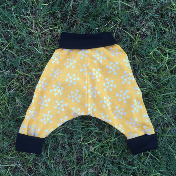Childrens unisex yellow triangle harem pants (size 6 months to 4 years)