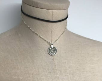 Necklace for women, choker necklace, boho jewelry, coin necklace, bohemian jewelry, leather choker, coin choker, chokers for women