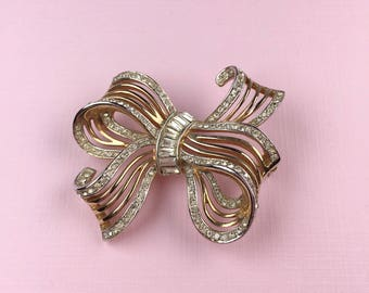 Alfred Philippe Trifari Bow Brooch | 1940s Vintage