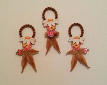 Chenille Ornaments~Duck Ornament~Easter Ornament~Feather Tree Ornie~Duck With Daisy Hat~Vintage Easter Image