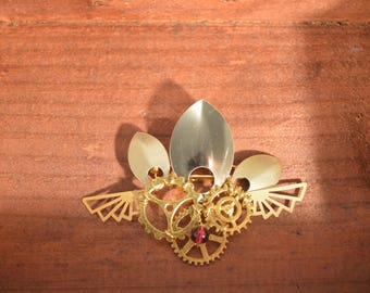 Steampunk gears, Gold wings and scales-inspired brooch