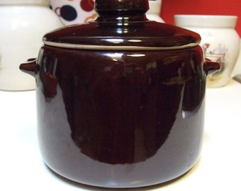 Vintage West Bend USA Bean Pot or Crock Brown Glaze with Lid Many other Uses Casserole Cookie Jar Flour Sugar Dry Storage Canister USA